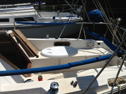 Catalina 25 Cockpit Table Oriented Fore and Aft